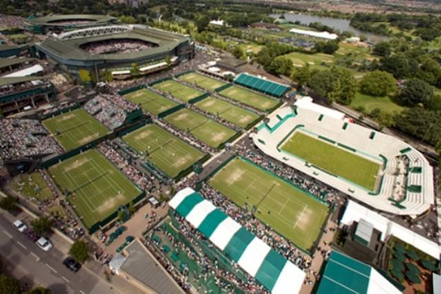 Una spettacolare veduta aerea dei campi di Wimbledon