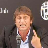 Conte durante la conferenza stampa dopo la squalifica per il Calcio Scommesse